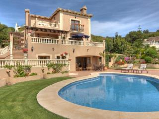 Beautiful 2 Bedroom Apartment in La Manga Club, Los Belones