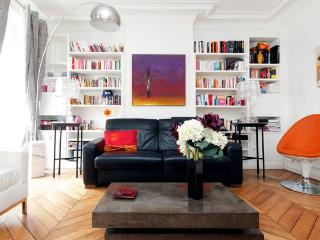 Chic and design 75m2 apartment, heart of Paris, París