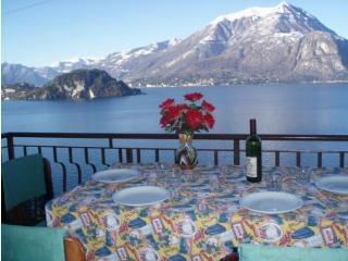 Appartamento meravigliosa vista lago Varenna