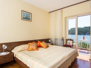 Villa Malfi - Double Room with Sea View, Dubrovnik