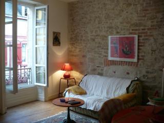 Loue appartement de caractère rénové en 2012, 50m2, Vannes