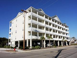 Spacious 6 bedroom, 5 bathroom, 2nd row condo, North Myrtle Beach