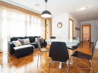 Guillem Sorolla apartment in El Carmen with WiFi & priveterras.