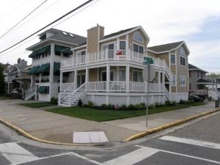1602 Wesley Avenue 2nd Floor 26954, Ocean City