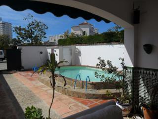chalet a 200 metros playa para 14 personas piscina, El Puerto de Santa Maria