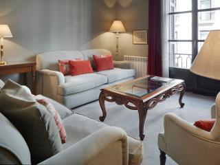 Alameda Apartment in the Old Town, Donostia-San Sebastián