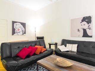 Big 2 bedroom apartment 36th street, New York City