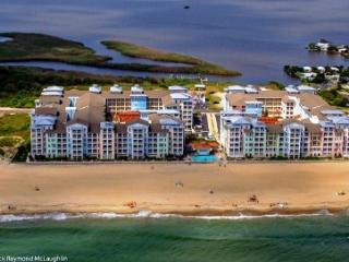 Waterside B 111 *Direct Oceanfront with BIG corner wrap-around balcony!*, Virginia Beach