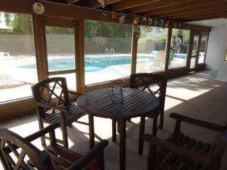 3 bedroom, 3 baths, pool and close to beach & golf
