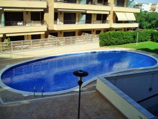 101B Apartamento con piscina, aire acond, parking, Cambrils