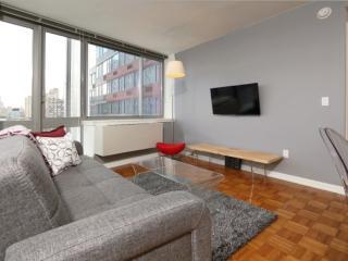 Comfy Sleek 1 Bedroom Apartment - Great Amenities, New York