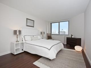 BEAUTIFULLY FURNISHED 2 BEDROOM APARTMENT IN NEW YORK, Long Island City