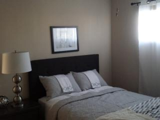 Simple Yet Sassy 1 bedroom, 1 Bathroom Apartment in Downtown Campbell - Fully Furnished