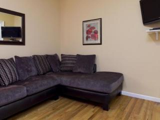 Comfortable 1 Bedroom, 1 Bathroom Apartment in Midtown West - Fully Furnished, Nueva York