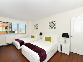 BEAUTIFULLY FURNISHED 4 BEDROOM APARTMENT IN NEW YORK, Long Island City