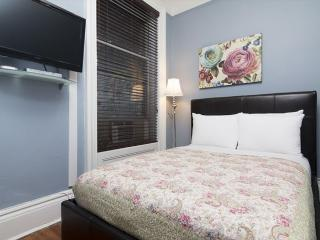 SOLACE 2 BEDROOM 1 BATHROOM APARTMENT, Long Island City