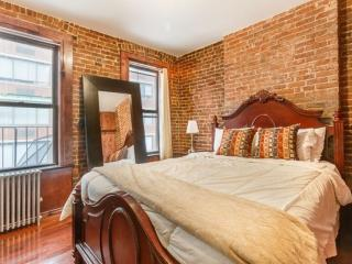 Charming Exposed Brick Apartment With 1 Bedroom and 1 Bathroom, Hoboken