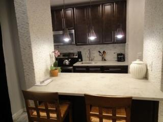 Furnished 2-Bedroom Apartment at Ave of the Americas & W 58th St New York, Nueva York