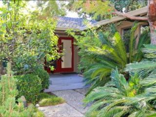CHARMING AND BRILLIANTLY FURNISHED 4 BEDROOM HOME, Los Gatos