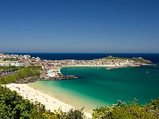 Sea views, free parking, dog friendly, St. Ives