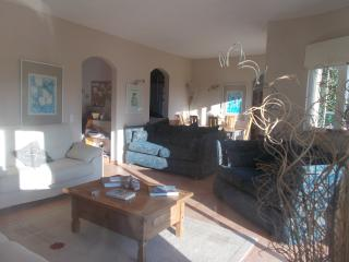 3-bed villa+2-bed apartment+pool quiet location, Odiaxere