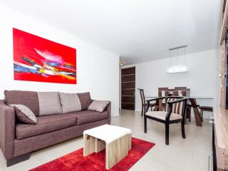 Spacious Three Bedroom Apartment in Las Condes, Santiago