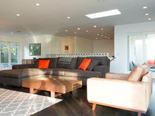 Modern 3 Bedroom Home in the Hollywood Hills, Los Angeles
