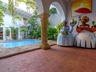 Colonial 6 Bedroom Villa Nestled in Old Town, Cartagena