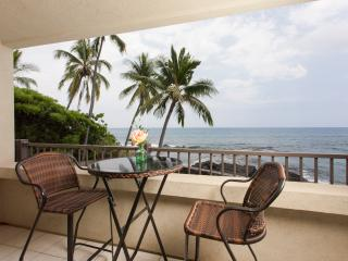 New to Trip Advisor Direct Oceanfront Beauty, Kailua-Kona