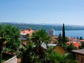 Apartment Ural for 4 persons near the center of Opatija