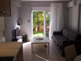 Apartment with garden near metro Halandri, Chalandri