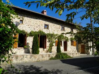17thC Charming French Stone & Timber Cottage