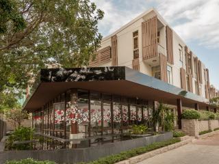 Glenwood City Resort in Thao dien District 2