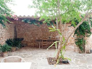 Villa in LLombards, Mallorca 102679, Es Llombards