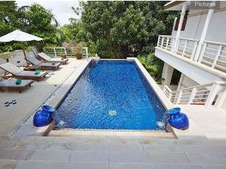 3-bedroom pool villa, very private, Kata beach