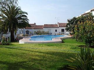 La Hacienda 19-M, pool, two bedroom, beautiful vie, Nerja