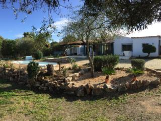 Casa Amendoeira. 3 bedroom Private Villa with pool, Quinta do Lago