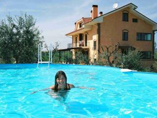 Casa Vacanze Mamma Gina a 10 minuti  dal mare, Acquaviva Picena