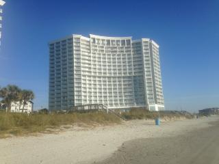 Oceanfront, King Bed, Great for Couples Getaway