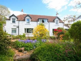 Beautiful centrally located cottage with garden, Kirkcudbright