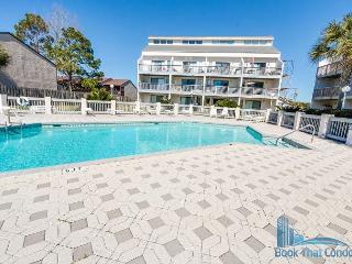 Beach Access w/Pools~Pier Park Area~Best Kept Secret in Family Friendly Value, Panama City Beach