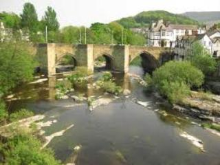 Llangollen with all its charm and restaurants