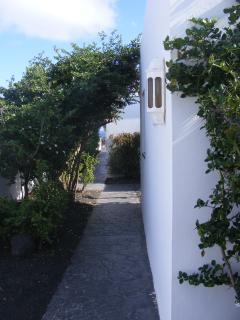 Entrance - Eingang - Entrada