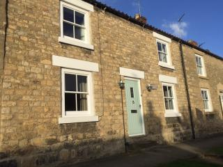 Quintessential village cottage in Ampleforth