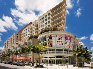 Desirable 2/2 in Miami Midtown/Wynwood