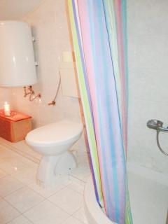 Apartment studio -bathroom