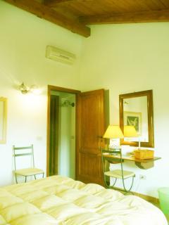 master bedroom (particular)