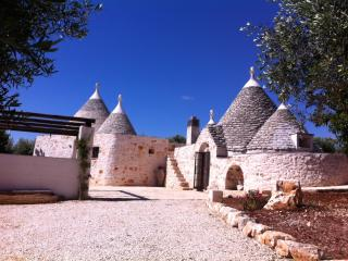 Typical Trullo lodge amazing location, Ostuni