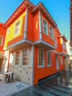 Private boutique hotel with 12 rooms in old town