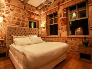 Villa Anatolia Room: The contemporary touch, Antalya
